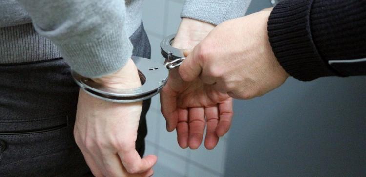 Σύλληψη 23χρονου επί της Εγνατίας Οδού για μεταφορά αλλοδαπών