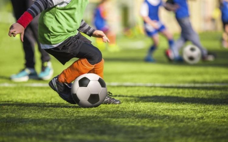 Παιδικό πρωτάθλημα : Τρεις στην κορυφή των δύο ομίλων