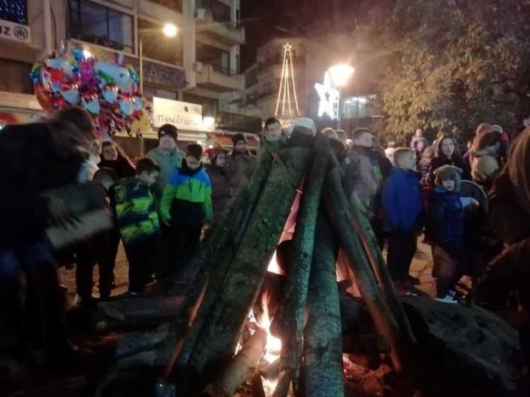 Παραδοσιακά έθιμα και δρώμενα αναβιώνουν στις γιορτές στις Κοινότητες του Δήμου Νάουσας