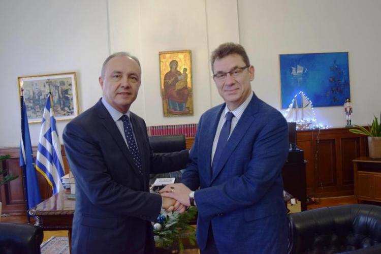 Ο κ. Θ. Καράογλου υποδέχθηκε στο Διοικητήριο τον CEO της PFIZER Δρ. Άλμπερτ Μπουρλά