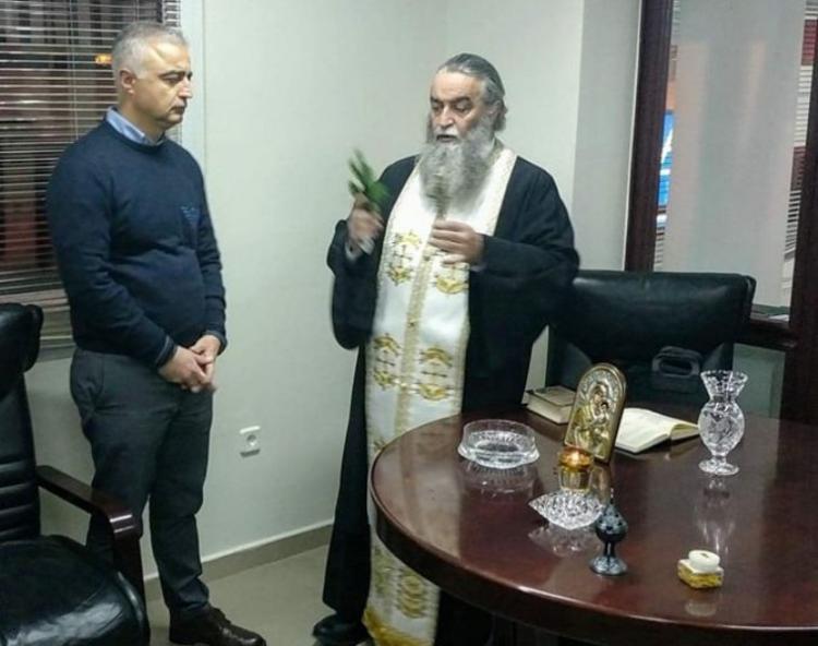 Αγιασμός και κοπή βασιλόπιτας στο πολιτικό γραφείο του βουλευτή Ημαθίας ΝΔ Λάζαρου Τσαβδαρίδη