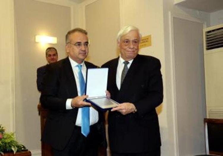 Στην πανηγυρική, εναρκτήρια συνεδρίαση της παν/νιας επιτροπής επανένωσης των γλυπτών του Παρθενώνα, ο πρόεδρος του Δ.Σ. Βέροιας Φ.Καραβασίλης