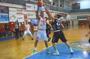 ΟΦίλιππος υποχρέωσε σε ήττα τον Απόλλων Πατρών (82-80)