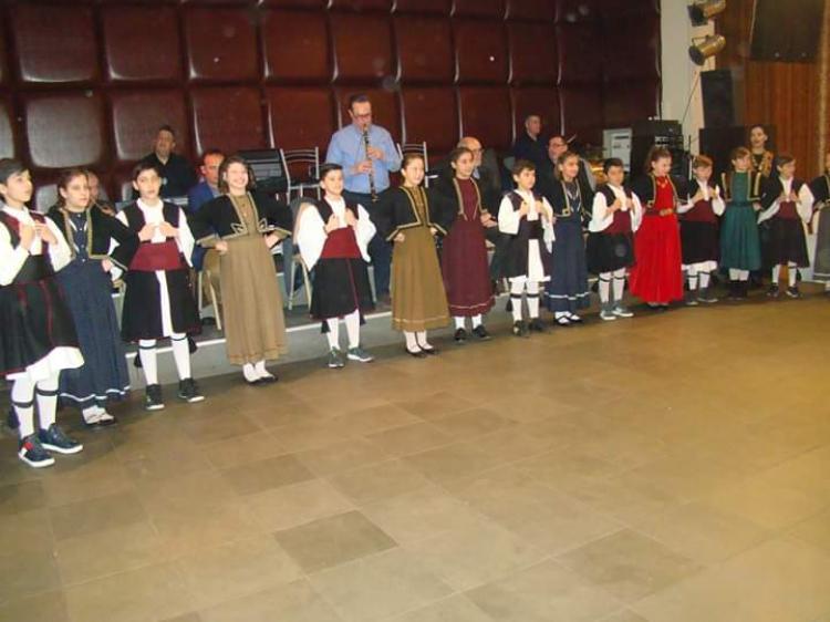 Με πολύ κέφι ο ετήσιος χορός των Βλάχων Βέροιας