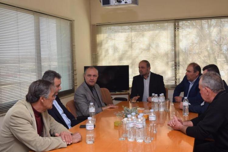 Θ. Καράογλου, κατά τη χθεσινή του περιοδεία στην Περιφερειακή μας Ενότητα :  «H Hμαθία διαθέτει ανεξάντλητη δυναμική»