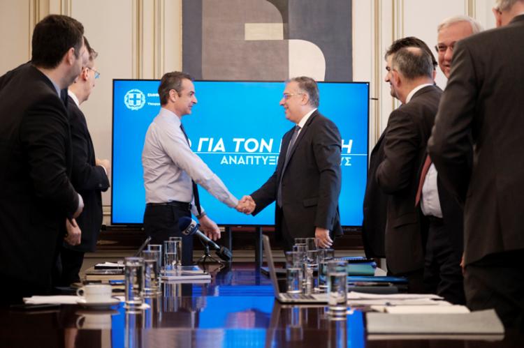Συνάντηση του Πρωθυπουργού με την ηγεσία του υπουργείου Εσωτερικών