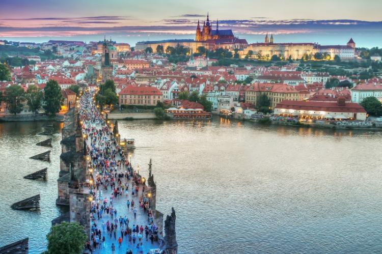 Εκδρομή στην Πράγα θα πραγματοποιήσει η Εύξεινος Λέσχη Βέροιας
