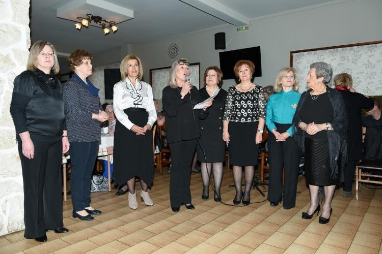 Με μεγάλη επιτυχία το απογευματινό Γυναικών που διοργάνωσε η Αγαθοεργός Αδελφότητα Κυριών Ναούσης