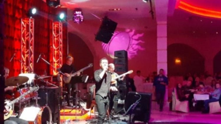 Με μεγάλη επιτυχία διεξήχθη ο ετήσιος χορός της Ένωσης Αστυνομικών Ημαθίας με το Δημήτρη Μπάση