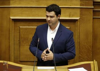 Μ.Κάτσης : «Έρμαιο συμφερόντων η κυβέρνηση. Στις καλένδες η ενίσχυση των εφημερίδων»