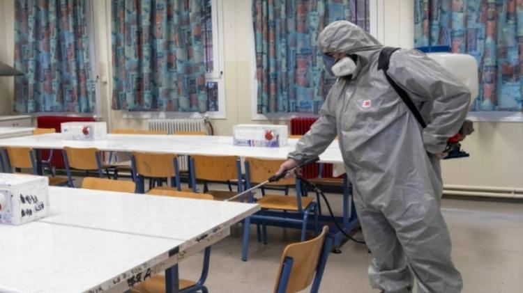 Ποιος θα εφαρμόσει τα μέτρα καθαριότητας για τον κορονοϊό στα σχολεία;
