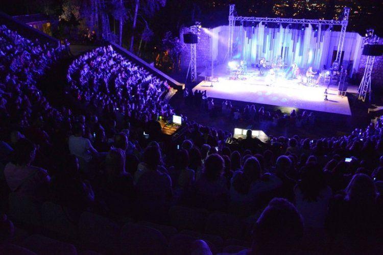 Απάντηση της εταιρίας παραγωγής της συναυλίας της Ε. Ζουγανέλη στο Γ. Κάκαρη