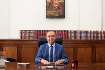Θ. Καράογλου : «Υψώστε παντού την ελληνική σημαία σε ένδειξη ομοψυχίας»