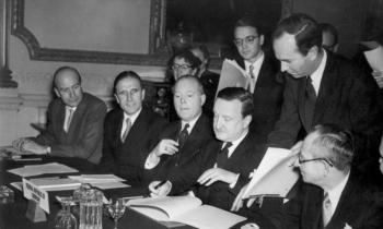 Το πρωταπριλιάτικο «ναι στο ευρωομόλογο» της Μέρκελ και η συμφωνία του Λονδίνου