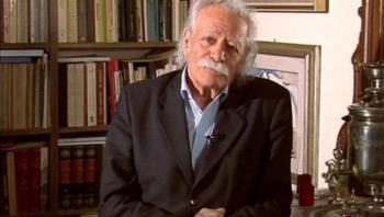Ελάχιστος φόρος τιμής προς το Μανώλη Γλέζο -Του Γ.Ξ. Τροχόπουλου, π. αντιδήμαρχου Βέροιας, φαρμακοποιού, πιανίστα και συγγραφέα