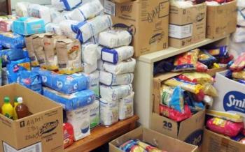 Διανομή προϊόντων σε ωφελούμενους του προγράμματος ΤΕΒΑ στο Δήμο Βέροιας