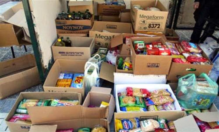 Π.Ε. Ημαθίας : Διανομή ξηρών τροφίμων σε ωφελούμενους του ΤΕΒΑ/ΚΕΑ