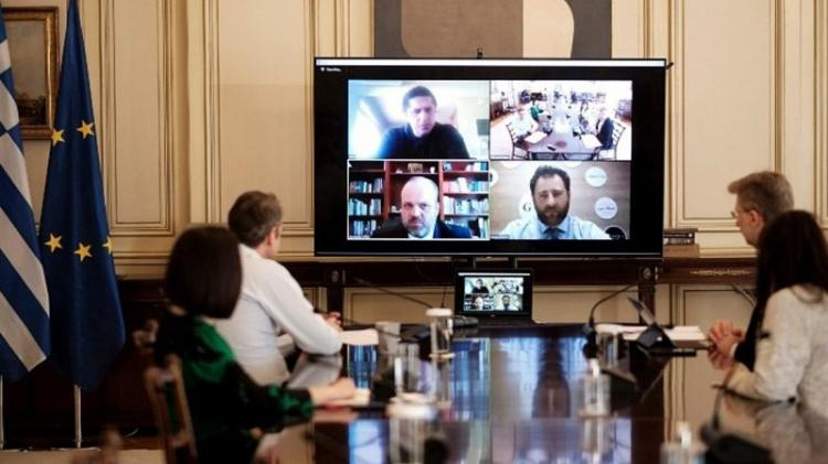 Τηλεδιάσκεψη Μητσοτάκη με τον διοικητή ΟΑΕΔ: Τον Μάιο ξεκινούν 45.000 προσλήψεις