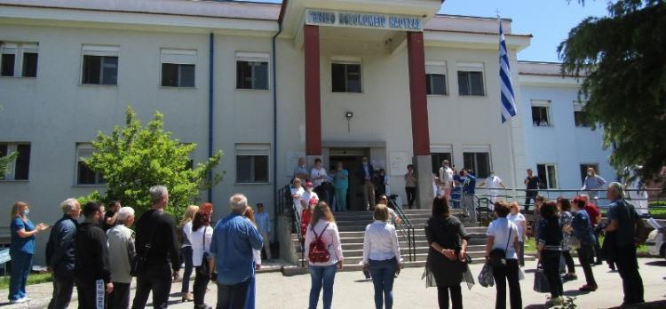 Μελωδικός ο εορτασμός της μέρας του νοσηλευτή στο Νοσοκομείο Νάουσας