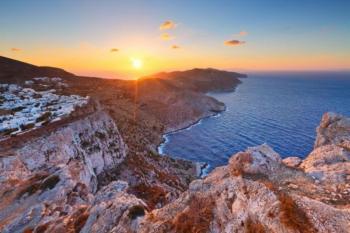Στις 15 Ιουνίου «ανοίγει» ο τουρισμός: Χωρίς τεστ και καραντίνα οι τουρίστες – Όλο το σχέδιο