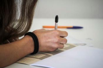 Πανελλαδικές : Αλλάζει ο τρόπος βαθμολόγησης στην Έκθεση