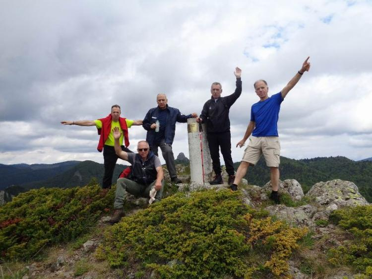 ΒΟΡΑΣ, Kορυφή ΠΕΤΕΡΝΙΚ ή ΑΝΝΑ 1755 μ., Κυριακή 31 Μαϊου 2020, με τους Ορειβάτες Βέροιας