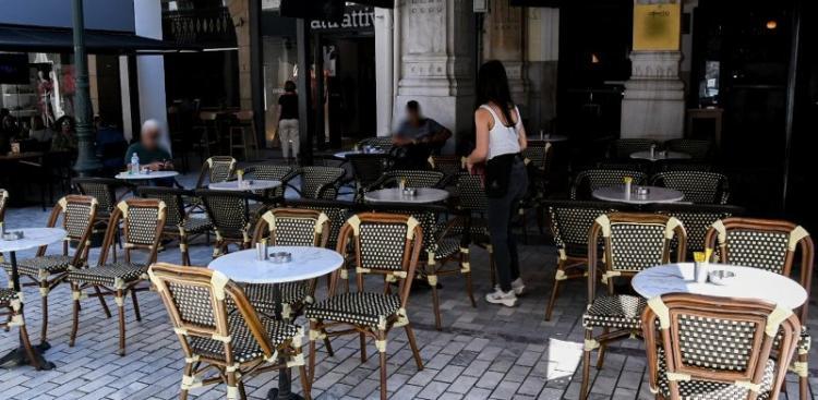 Καθίζηση στην εστίαση: Το 30% έμεινε κλειστό, μείωση τζίρου έως και 95%!