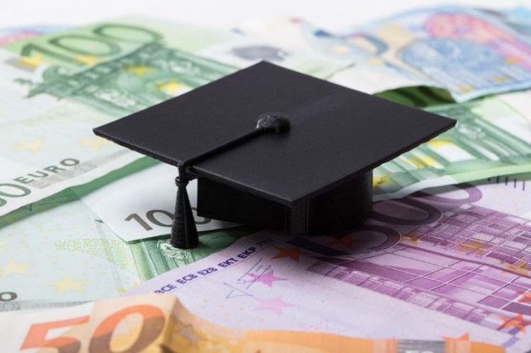 Ξεκίνησε η υποβολή αιτήσεων για το φοιτητικό, στεγαστικό, επίδομα
