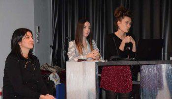 Ομιλία για τις δυσλειτουργικές σχέσεις στην οικογένεια από τις κ.κ. Νατσιοπούλου, Τσαπαροπούλου, Λυμούση