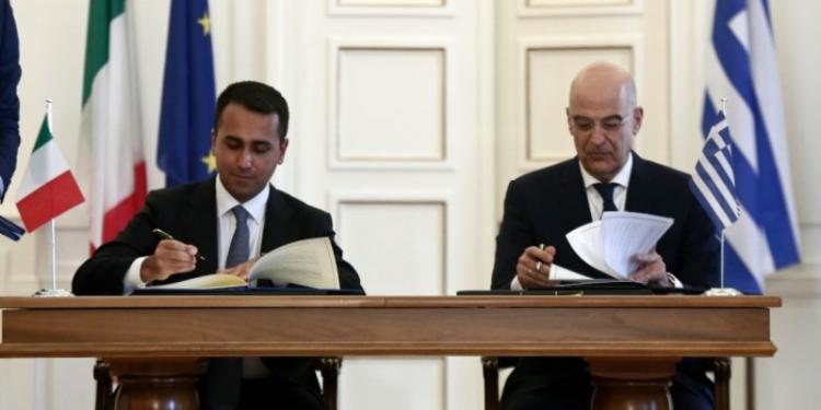 Υπεγράφη η ιστορική συμφωνία οριοθέτησης ΑΟΖ μεταξύ Ελλάδας-Ιταλίας