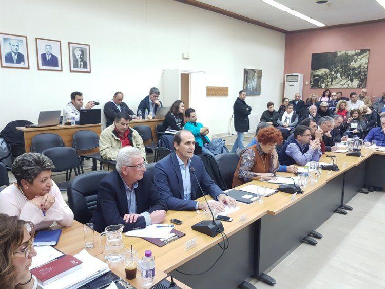 Τοποθετήσεις δημάρχου, βουλευτών, γιατρών για το θέμα του Νοσοκομείου Νάουσας