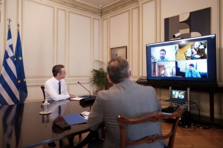 Online τα πιστοποιητικά, τέλος στις εκατομμύρια επισκέψεις σε Δήμους και ΚΕΠ