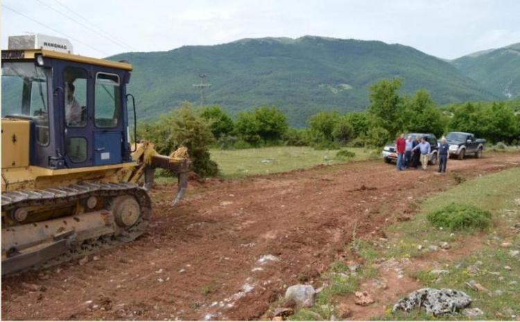 Κ. Καλαϊτζίδης : «Επισκευάσαμε τον περιφερειακό της Βέροιας και συνεχίζουμε με έργα οδοποιίας σε όλη την Ημαθία»