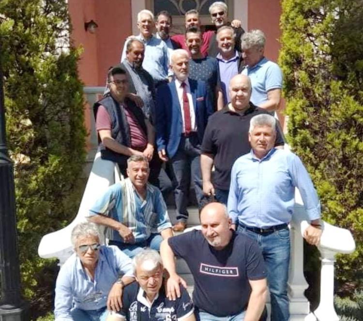Επίσκεψη Αποστράτων αξιωματικών στο Βλαχογιάννειο Μουσείο και δωρεά βιβλίων