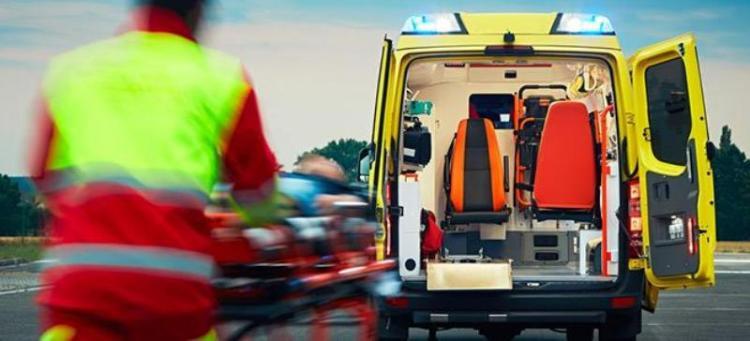 Ασθενοφόρο και γιατροί με εξοπλισμένο το αγροτικό ιατρείο τα Σαββατοκύριακα στη Βεργίνα!
