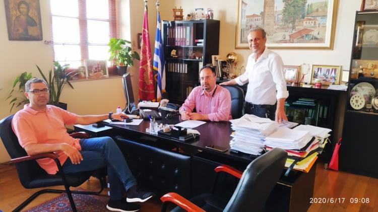 Συμβάσεις για έργα αγροτικής οδοποιίας υπέγραψε ο Δήμαρχος Βέροιας