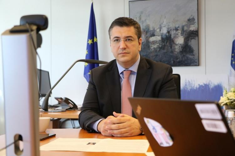 Συνάντηση εργασίας του Προέδρου της Ευρωπαϊκής Επιτροπής των Περιφερειών Α. Τζιτζικώστα με τον Πρόεδρο και την Αντιπρόεδρο της Ευρωπαϊκής Τράπεζας Επενδύσεων