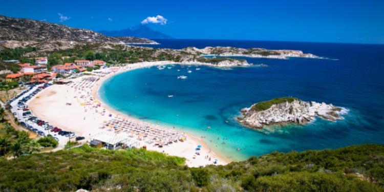 Τουρισμός: «Ανάσα» για τη Β. Ελλάδα οι Βαλκάνιοι τουρίστες -Χιλιάδες πέρασαν τα ελληνοβουλγαρικά σύνορα