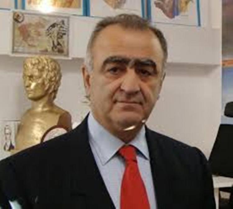 Μια απάντηση - συμβουλή προς τον Υπουργό Άμυνας της Τουρκίας Χουλουσί Ακάρ -Του Θεόκλητου Ρουσάκη*