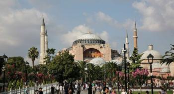 Τουρκικά ΜΜΕ : Την Παρασκευή η απόφαση μετατροπής της Αγιά Σοφιάς σε τζαμί
