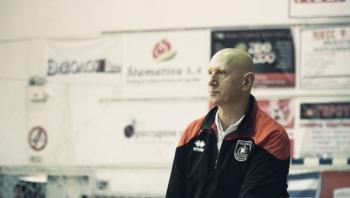 Ανανέωση συνεργασίας με τον προπονητή Σωκράτη Τζιουμάκα
