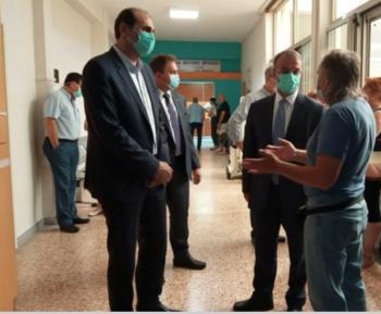 Στο Παπανικολάου για τους εφοριακούς Σταϊκούρας - Βεσυρόπουλος