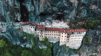 Επαναλειτουργεί η ιστορική ιερά μονή Παναγίας Σουμελά στον Πόντο