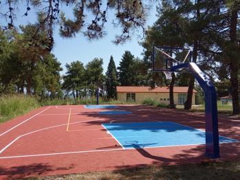 Δημιουργία γηπέδου καλαθοσφαίρισης/χειροσφαίρισης/πετοσφαίρισης στο μουσικό σχολείο Βέροιας