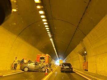 Τροχαίο ατύχημα προκαλεί χάος στο δρόμο της Εγνατίας, Βέροια-Κοζάνη