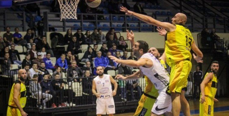 Λύγισε στην παράταση ο ΑΟΚ Βέροιας -Έχασε με 77-69 στην Πρέβεζα