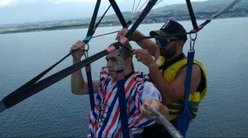 Κούρεμα....parasailing