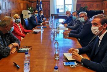 Συνάντηση του Προέδρου της ΕΣΕΕ κ Γ. Καρανίκα με την Πρόεδρο του ΚΙΝ.ΑΛ κα Φώφη Γεννηματά