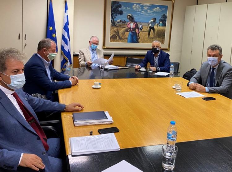 Η στήριξη των αγροτών στο επίκεντρο της συζήτησης του Λάζαρου Τσαβδαρίδη και συναδέλφων του Βουλευτών της ΝΔ με τον Πρόεδρο του ΕΛΓΑ