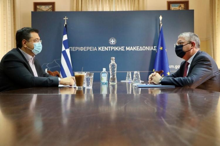 Συνάντηση του Περιφερειάρχη Κ.Μακεδονίας Απ.Τζιτζικώστα με τον Υφυπουργό Ανάπτυξης και Επενδύσεων Γιάννη Τσακίρη